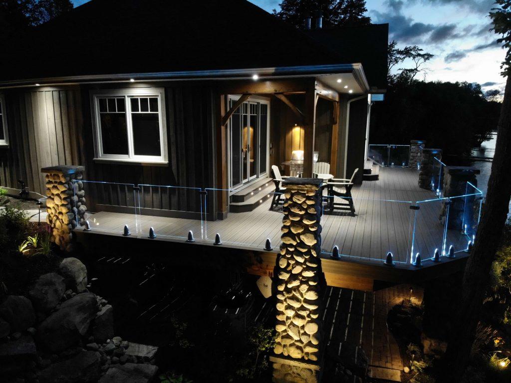 Simcoe-Decks-Deck-with-lighting